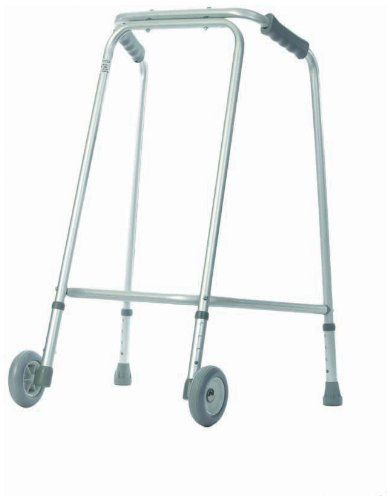 #puericultura Aidapt – Andador ligero con ruedas para uso doméstico