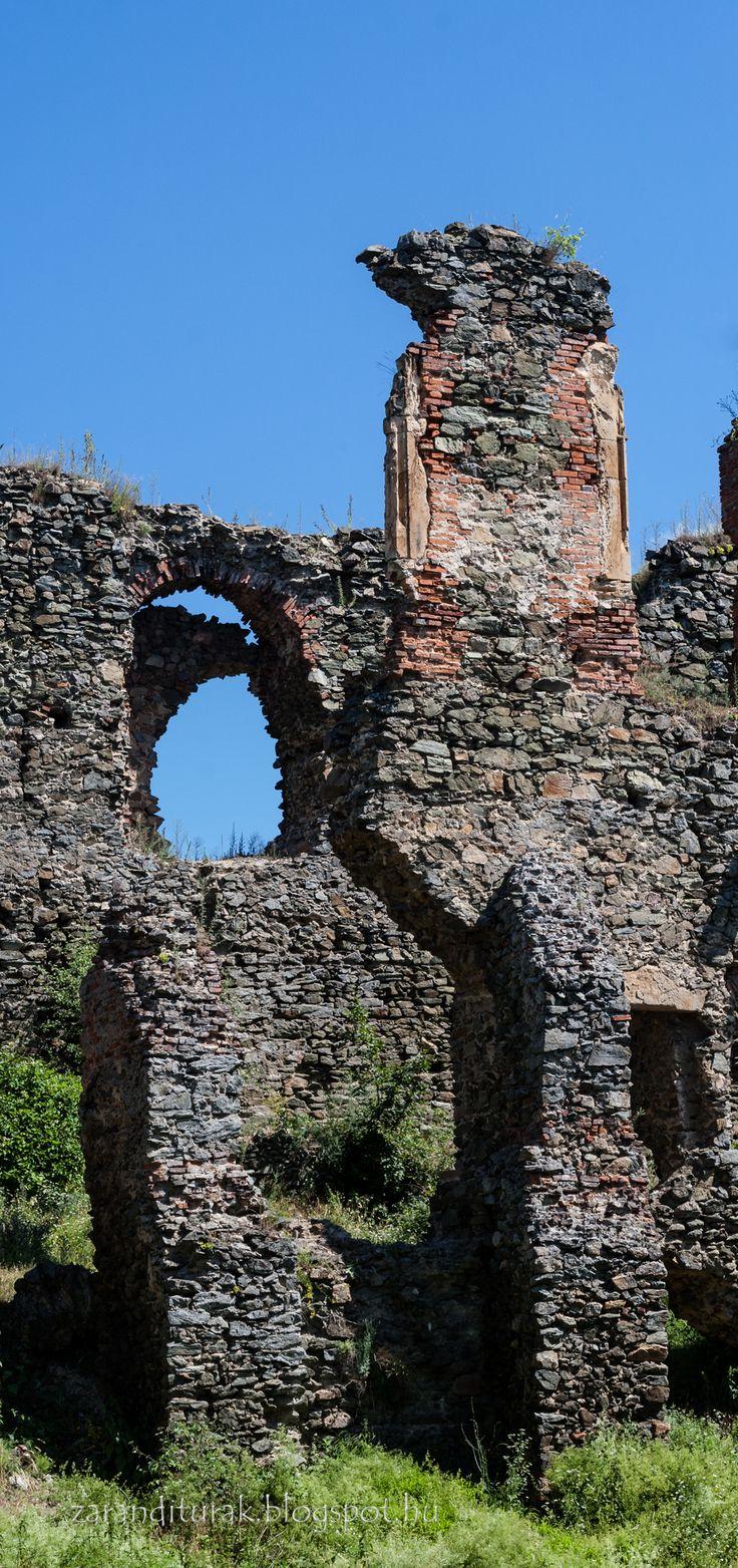 Renaissance ruins