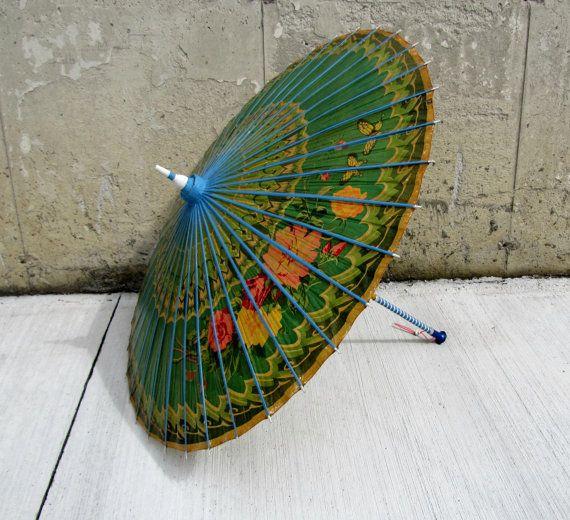 Vintage Japan rice paper umbrella, vintage umbrella, Vintage paper parasol, Montreal expo 1967, Collectible umbrella, Hand-painted umbrella