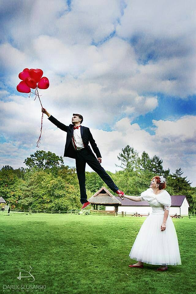 Where are you going, Honey ? Our Bride Ewa and her husband in funny pic.