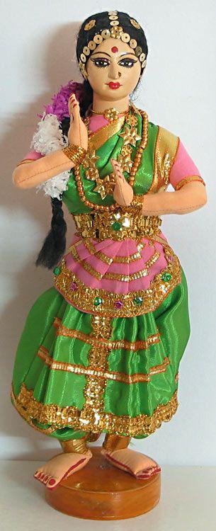 Bharatnatyam - Classical Dancers from Tamilnadu (Cloth))