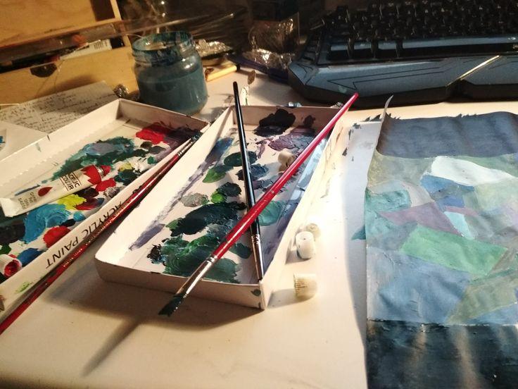 Proceso de abstracción cromática en tonos fríos. Materiales: acrílicos.