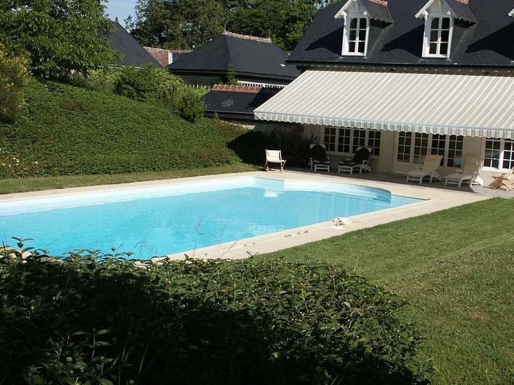 Gîte with swimming pool for 4 people in Ballan-Miré, a city located in the south oh Touraine.   < Un gîte de 4 personnes avec piscine à Ballan-Miré au sud de Tours en Touraine Val de Loire (Indre-et-Loire) >