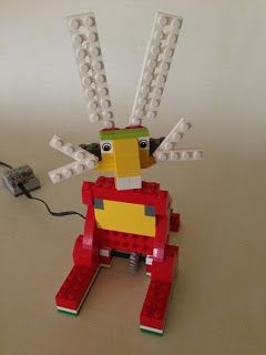 WeDoBots: LEGO WeDo: WeDo Previous Designs.  We offer this class at our program :)