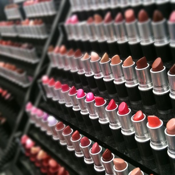 Eyecandy #mac #makeup lipsticks smell so gooooood!