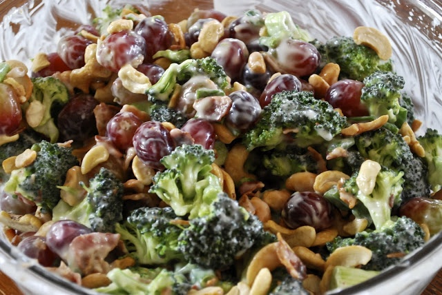Broccoli Grape Salad {had this with golden raisins substituted for grapes - good}