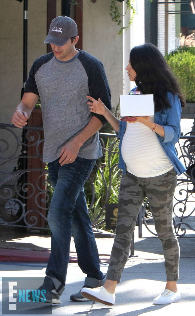 Mila Kunis, Ashton Kutcher, SusieCakes: 9/9/2016 - Mila Kunis and Ashton Kutcher did just that on Friday morning, heading to Susie Cakes in Los Angeles to pick up some dessert before getting on with the rest of their weekend. The pregnant actress looked glowing as she donned a t-shirt and denim button-up over her growing baby bump with a pair of camouflage pants. Ashton opted for jeans and a baseball tee with a hat.