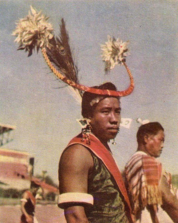 Танцор племени нага - Naga people - Wikipedia, the free encyclopedia