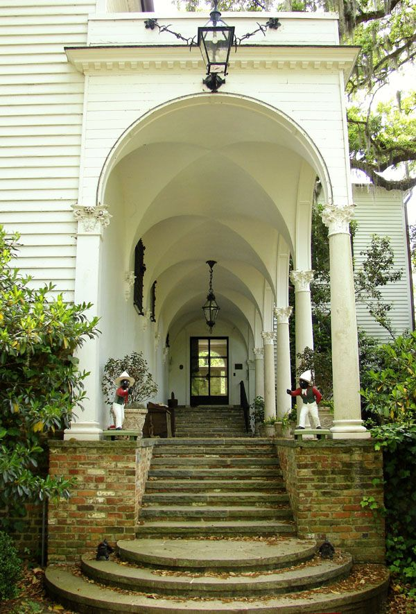 love this entranceDoors, Georgetown South Carolina, Grand Entrance, Arches, Dreams House, Southern Porches, Architecture, Southern Home, Vaulted Ceilings