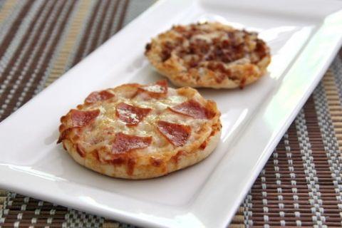English Muffin Pizzas - bakedbyrachel.com