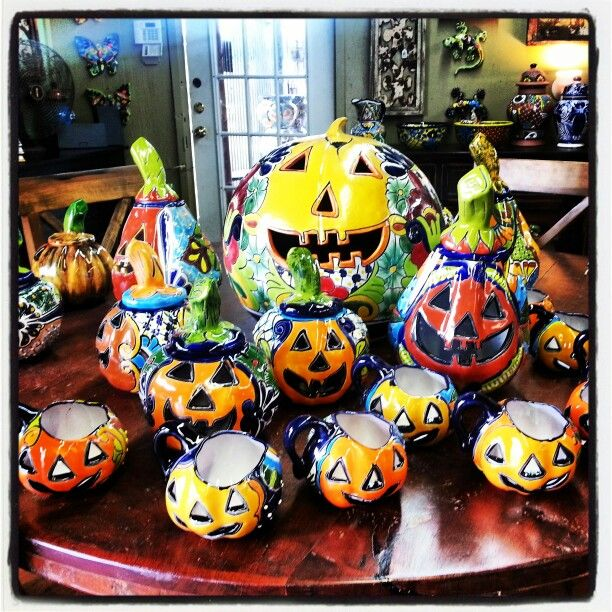 pumpkin lanterns at barrio antiguo houston texas call us directly 713 880 2105 mexican gardenmexican arttalavera potteryhalloween decorationshalloween
