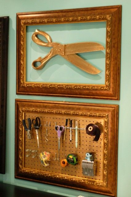 Coolest peg board ever!... and gasp!... i have those scissors!