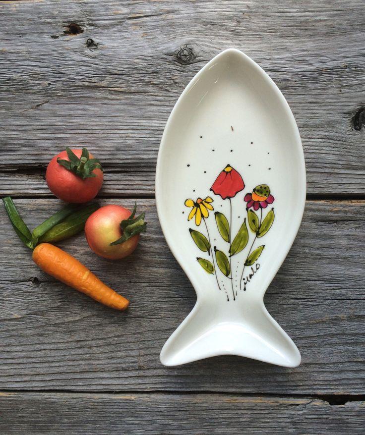 Petit Plateau, poisson, fleurs, porte-cuillère, vide-poche, crudité, peint à la main de la boutique IsamaloArtiste sur Etsy
