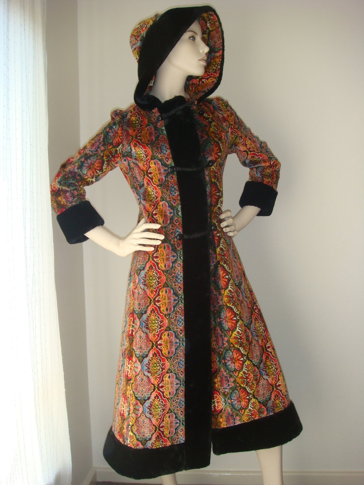 Superb Vintage 50's 60s Russian Style ETHNIC BOHO Silk Tapestry Faux Fur Trim Hood Coat, love that tacky print!