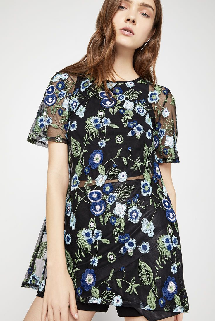 Floral Embroidered Tunic Top