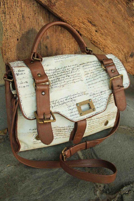 Vintage Shoulder bag Messenger bag purse in brown by AMflorence, €95.00