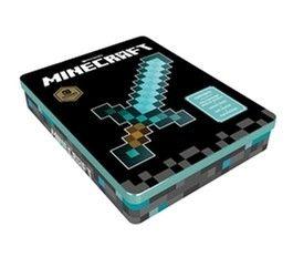 Survival Cadeaubox, SAMENVATTING Deze superdeluxe Minecraft cadeaubox bevat; * Een hardcover editie van De Geheimen van de Survivors * Een 24-pagina tellend doodle boek * Poster met alle vijandige mobs uit Minecraft * Stickers om jouw schoolspullen volledig in Minecraft style te hullen