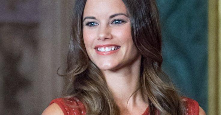 Für ihren Auftritt bei der diesjährigen Parlamentseröffnung in Schweden hat sich Neu-Prinzessin Sofia, die Ehefrau von Prinz Carl Philip, ganz besondere Unterstützung geholt.