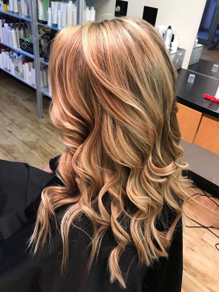 Blonde Balayage / rose gold / highlights