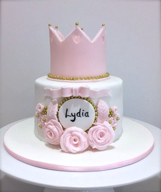 Girls Princess Birthday Cake by The White Rose Cake Company. Brighton, Sussex