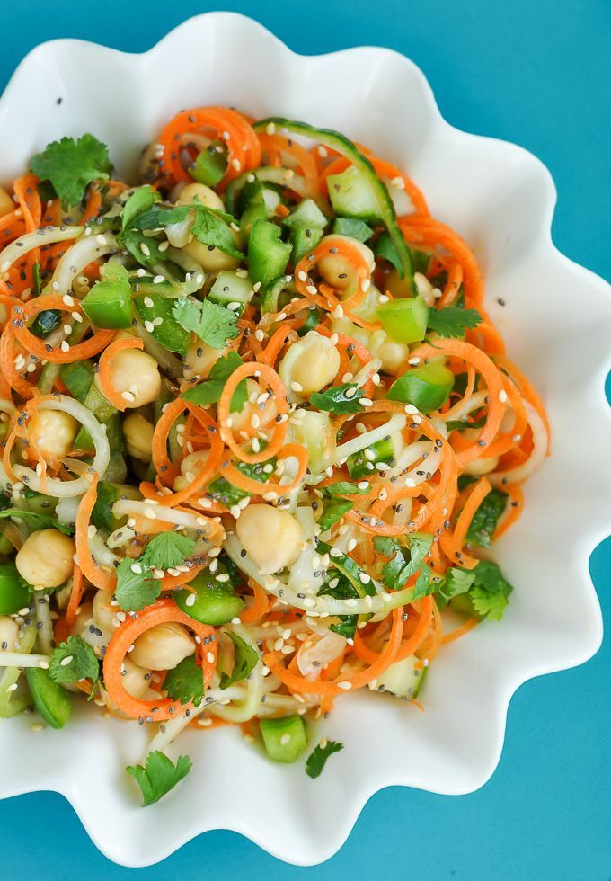 Healthy Spiralized Sweet + Sour Thai Cucumber Salad with Carrots, Chickpeas, and Cilantro! #healthy #salad
