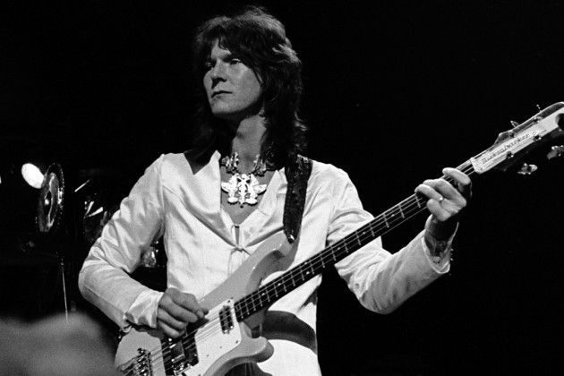 Chris Squire Yes | Chris Squire, stalwart co-founder of Yes, has died, bandmate Geoff Downes confirms via Twitter. The 67 year old had announced a hiatus from the band in May, following a diagnosis of acute erythroid leukemia.  Read More: Yes Co-Founder Chris Squire Dies | http://ultimateclassicrock.com/chris-squire-dies-yes/?trackback=twitter_mobile&trackback=tsmclip