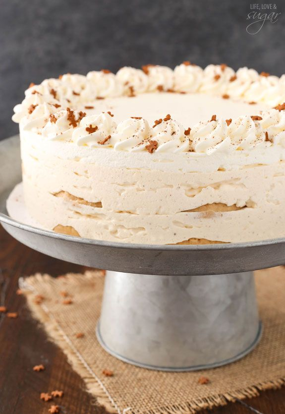 No Bake Eggnog Icebox Cake - layers of eggnog mousse, whipped cream and Walkers shortbread cookies! So easy to make and great for Christmas! Great eggnog flavor!