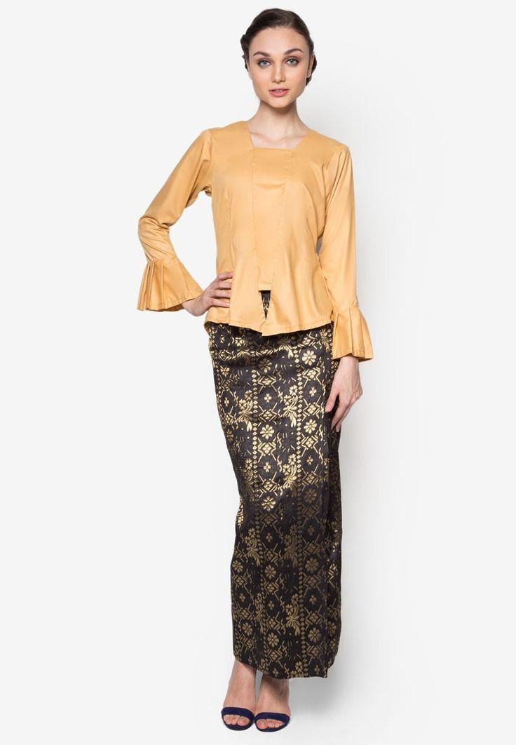 Ghasidah Kebaya from Seleksi Akma in black and gold_1