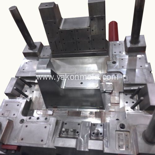 China Plastic Injection Molding Automotive Molding Manufacturers