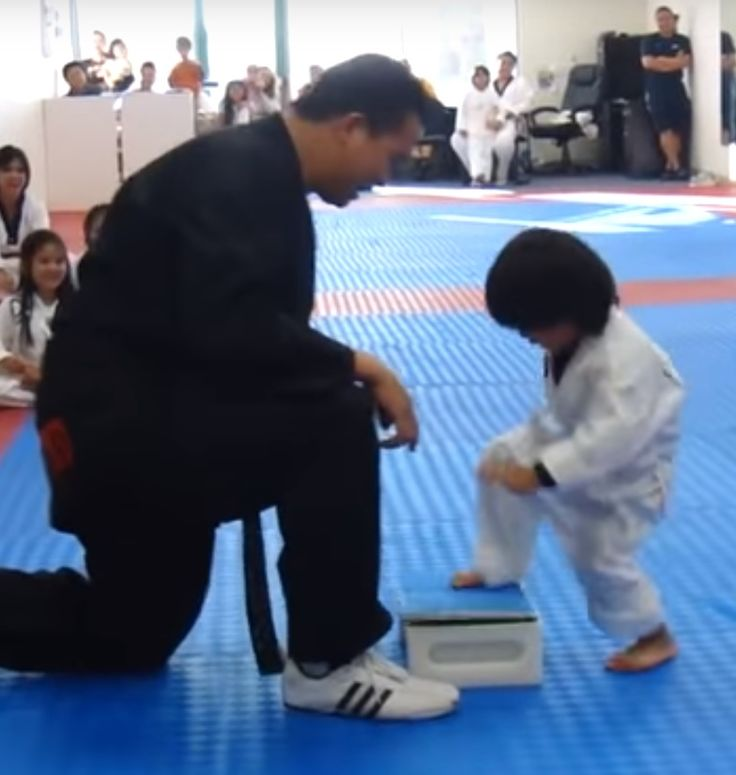 #FunnyKid #BreakBoard #Lovely #Howley  A little boy trying to break a board.  Don't miss this cute video!  You'll <3 this  http://bit.ly/1PLR3BQ  www.howley.in