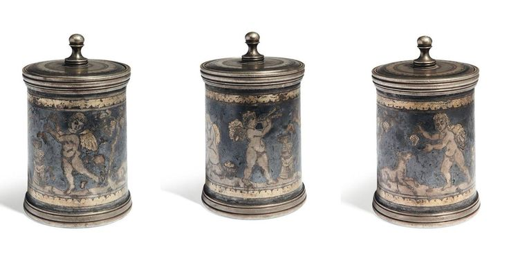 Roman silver pyxis with niello and gold inlay, 4th century A.D. Depicting 4 putti in different scenes, 10.5 cm high. Private collection