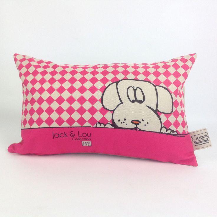 Le chouchou de ma boutique https://www.etsy.com/ca-fr/listing/500284444/coussin-decoratif-coussin-chien-rose