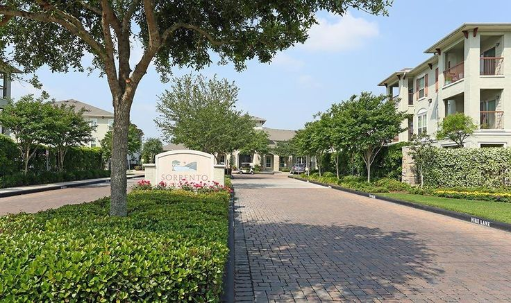 League City, TX Apartments for Rent #apartments #in #norfolk #va http://apartments.remmont.com/league-city-tx-apartments-for-rent-apartments-in-norfolk-va/  #sorrento apartments # League City Apartments Situated within the Tuscan Lakes subdivision, Sorrento captures the charm of its Italian namesake, a city by the sea bathed in sunlight. From its rustic stone and stucco façade to its shimmering azure reflection pool, Sorrento is paradise beckoning you home. Step outside, and Sorrento's…