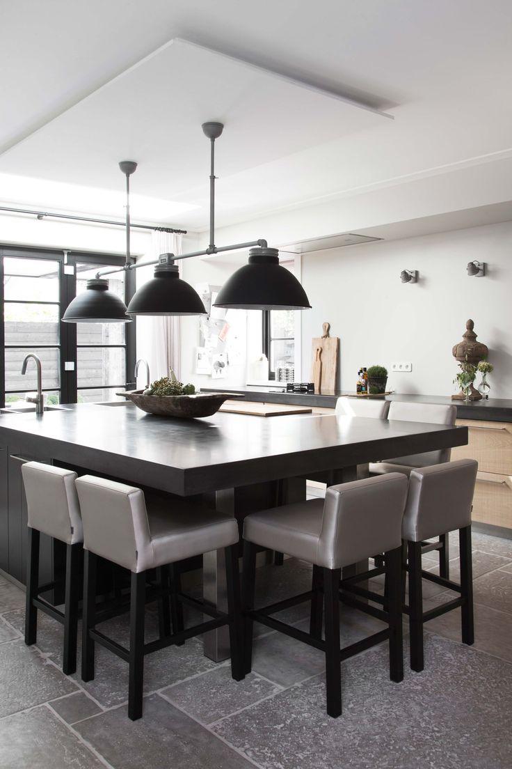 17 beste idee n over woonkamer bar op pinterest plaatsing van het meubilair pijp meubels en - Mode keuken deco ...