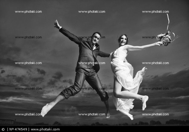 http://www.photaki.com/picture-romantic-wedding-on-the-beach-at-sunset_474549.htm
