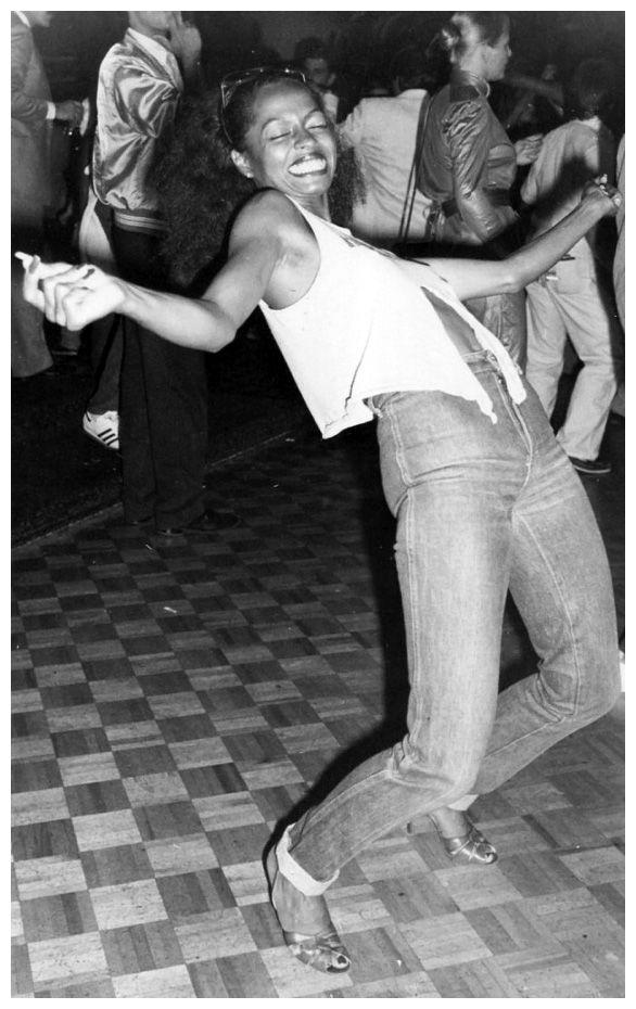 Diana Ross at studio 54 http://jazzinphoto.wordpress.com/category/diana-ross/