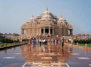 The Akshar Dham temple is constructing with pink stones having good-looking carvings. The Akshar dham complex houses the initial ever interactive display under one roof. It is bordered by lush green gardens and very good fountains. This temple is situated in Gandhinagar.