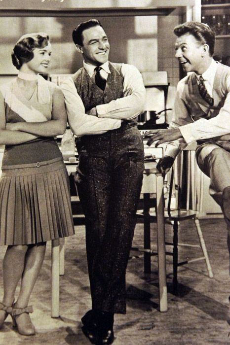 Debbie Reynolds, Gene Kelly and Donald O'Conner in Singin' in the Rain