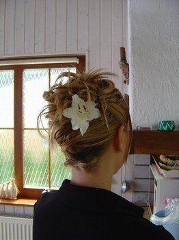 Coiffure mariée - Cheveux courts ou mi long - Photo 4