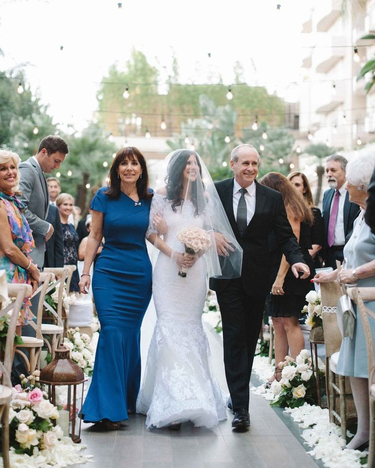 Outdoor Wedding Mother Of The Bride Dresses: 115 Best Images About Mothers' Gowns On Pinterest