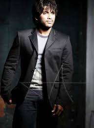 Allu Arjun Black Dress Costume Secret in Rudrama Devi Revealed