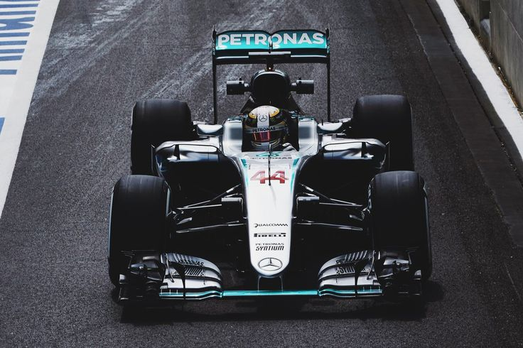 """Lewis Hamilton on Twitter: """"Felt great out there today. It's great to be home! 🇬🇧🇬🇧🇬🇧 #BritishGP #TeamLH @MercedesAMGF1 📸Steve Etherington https://t.co/E2T8xYCdPc"""""""