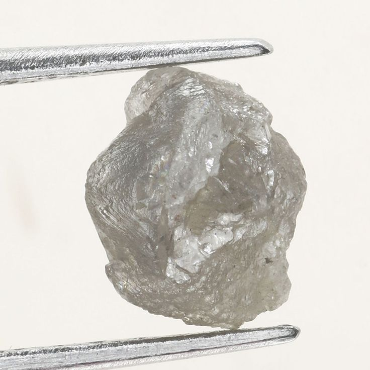 1.02 CARAT ROUGH DIAMOND OUT FROM DIAMOND MINES Silver NATURAL GEM DIAMOND