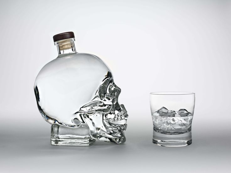 Free screensaver crystal head vodka backround - crystal head vodka category