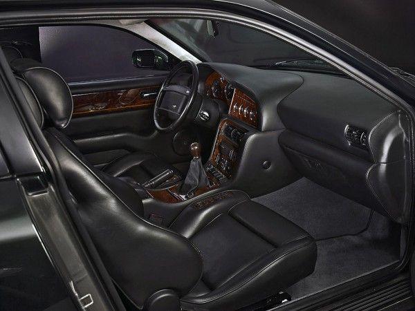 Aston Martin V8 Vantage 1999 Interior Design
