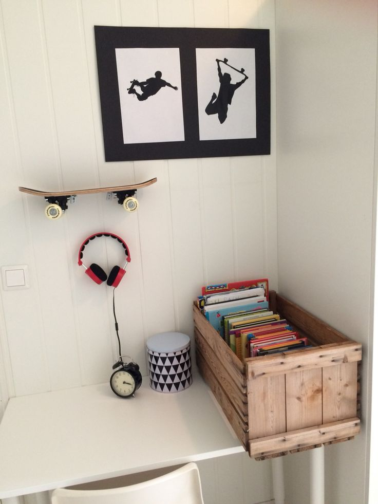 Kidsroom Boysroom  Skateroom Skateboard Bedroom Skate  Black White Nature