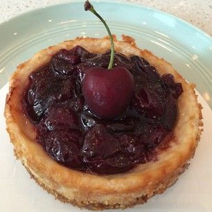 cherry cheesecake