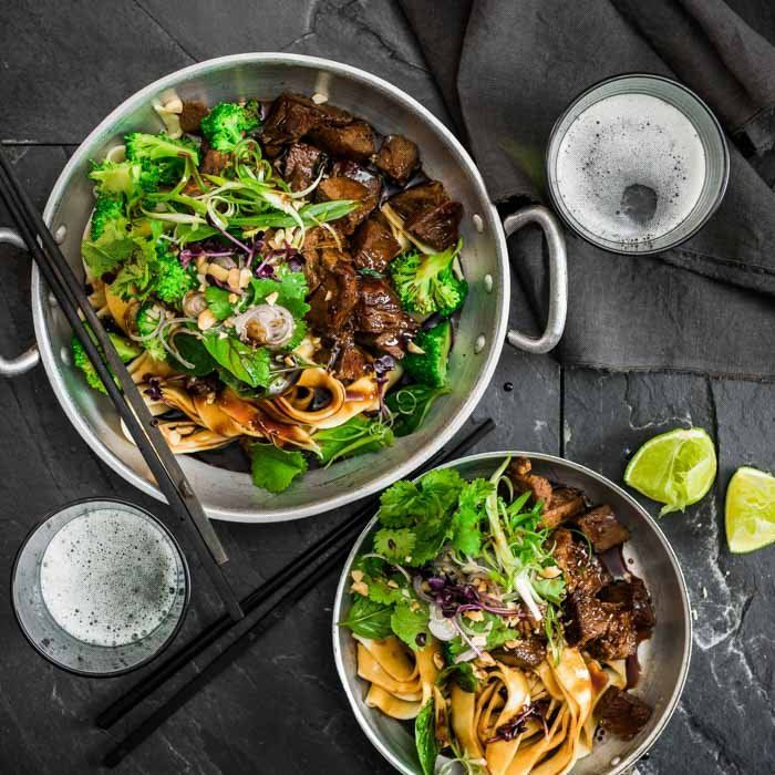 YouFoodz | Beef & Broc Wok Box $9.95 | Flat egg noodles with super fresh broccoli to create a meal you'll go #StirCrazy for | #Youfoodz #HomeDelivery #YoullNeverEatFrozenAgain