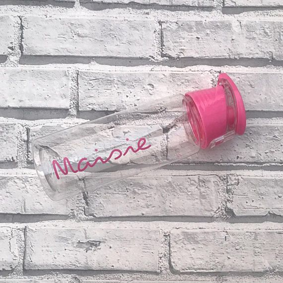 Personalised Love Island inspired water bottle.  Lettering in high quality vinyl in the Love Island font *please note, some letters in this font can look a bit strange! (The letter r and t in particular)* see attached font image for reference.  Available in pink, blue or green