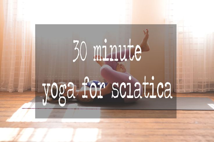 Pin it! 30 min yoga video for sciatica. Wearing: Lululemon wunder under crops (similar zella leggings), f21 tank. Using: Manduka black mat pro.